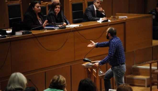 Δίκη της Χρυσής Αυγής στην αίθουσα του Εφετείου, με την υπόθεση της επίθεσης των ταγμάτων εφόδου στους συνδικαλιστές του ΠΑΜΕ στο Πέραμα, την Τρίτη 1 Νοεμβρίου 2016. (EUROKINISSI/ΑΛΕΞΑΝΔΡΟΣ ΖΩΝΤΑΝΟΣ)