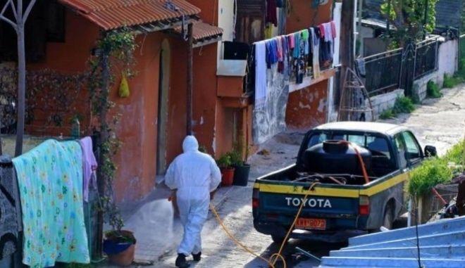 Επιχείρηση στον οικισμό Ρομά στη Λάρισα