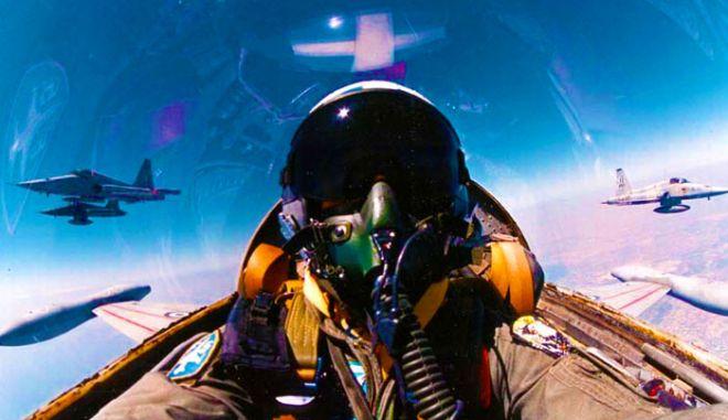 Η άγνωστη αργκό των πιλότων