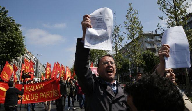 """Τουρκία: Στη φυλακή 18 δικηγόροι για """"τρομοκρατία"""""""
