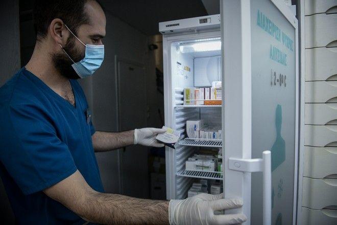 Εμβολιασμός σε φαρμακείο
