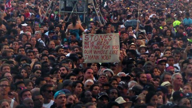 Όταν οι Rolling Stones έπαιξαν τσάμπα στην Κούβα. Τα καρέ του ιστορικού live