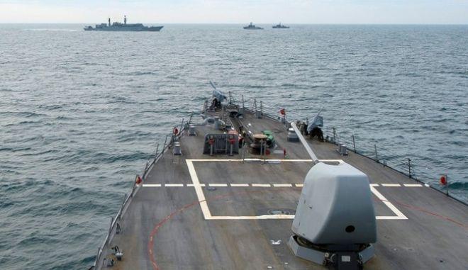 Νέο ναυτικό επεισόδιο. Ρωσικά πλοία ανάγκασαν τουρκικό εμπορικό να αλλάξει πορεία στη Μαύρη Θάλασσα