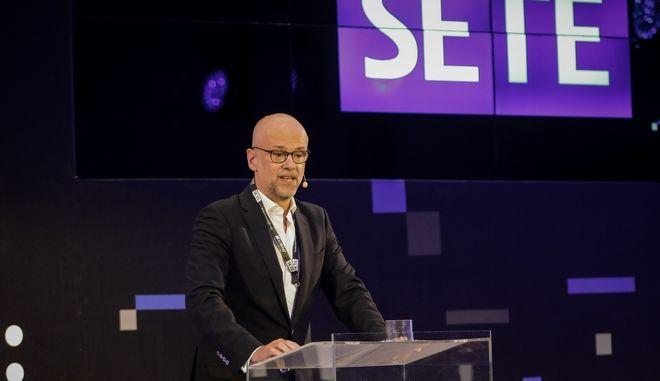 Ο Γιάννης Ρέτσος στο ετήσιο συνέδριο του ΣΕΤΕ