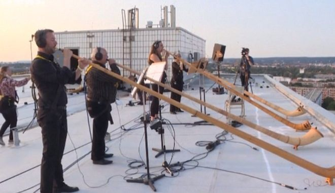 Δρέσδη: Συναυλία της φιλαρμονικής από ταράτσα