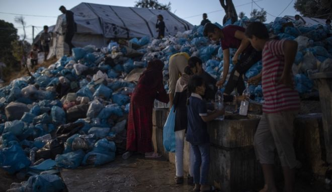 Πρόσφυγες στη Μόρια.