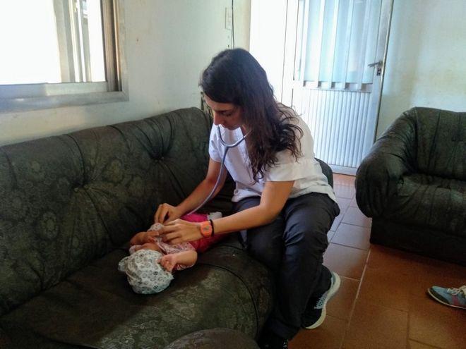 Cristina, η γιατρός στην Ισπανία που πιστεύει στην αλληλεγγύη των πολιτών