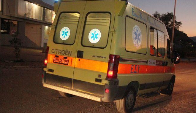 Ασθενοφόρο του ΕΚΑΒ (φωτογραφία αρχείου)