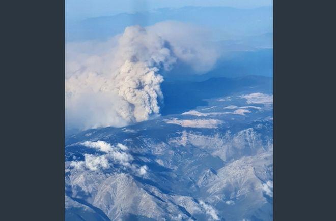 Φωτιά στην Εύβοια: Δραματικές εικόνες - Συγκλονιστικά φωτογραφικά ντοκουμέντα