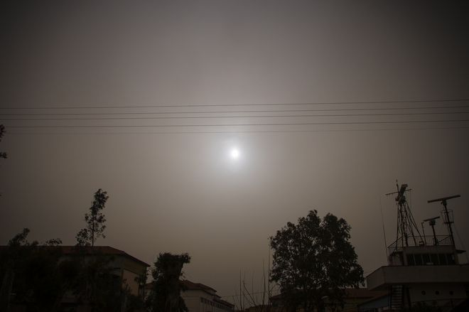 Στιγμιότυπα από την πόλη της Πρέβεζας με Αφρικανική σκόνη