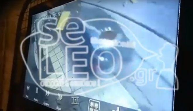 Τροχαίο στη Θεσσαλονίκη: 80χρονος πέφτει με το αυτοκίνητό του πάνω σε πεζούς