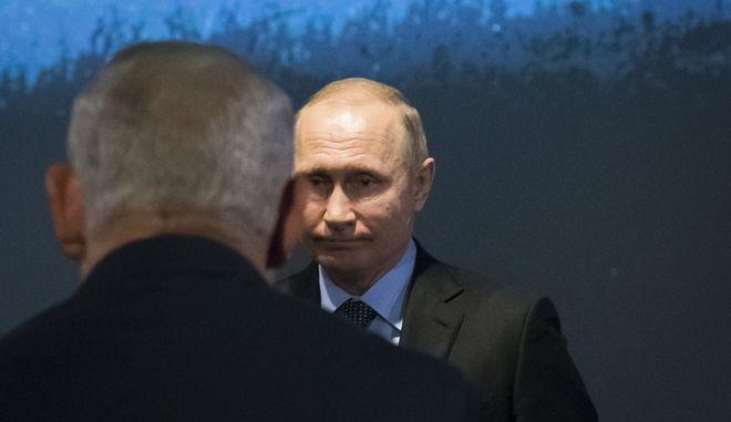 Ο Πούτιν κρυολόγησε αλλά δεν θέλει αναρρωτική