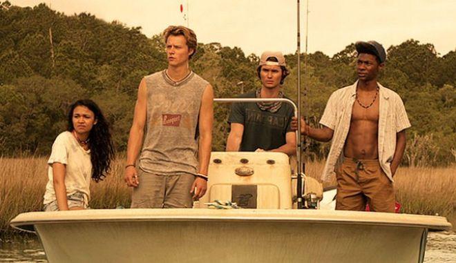 """Netflix: Το """"Outer Banks"""" είναι η σειρά που θα φέρει το καλοκαίρι στο σπίτι σου"""