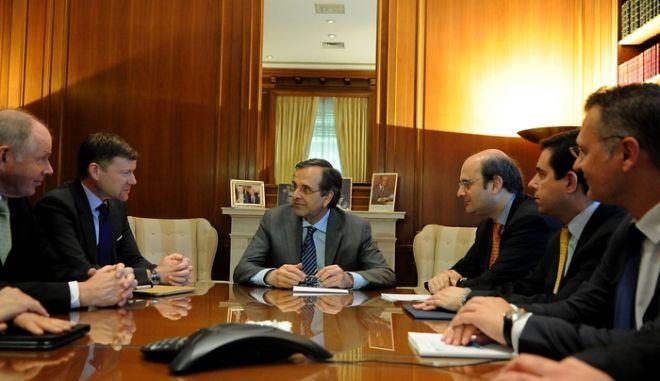 Συνάντηση του πρωθυπουργού Αντώνη Σαμαρά, στο Μέγαρο Μαξίμου, με στελέχη της εταιρίας Nokia την Παρασκευή 26 Απριλίου 2013.. (EUROKINISSI/ΓΟΥΛΙΕΛΜΜΟΣ ΑΝΤΩΝΙΟΥ)