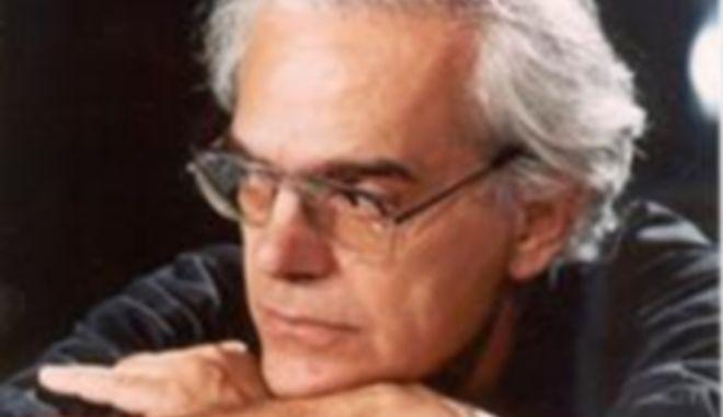 Πέθανε ο σκηνογράφος και ενδυματολόγος Γιώργος Πάτσας