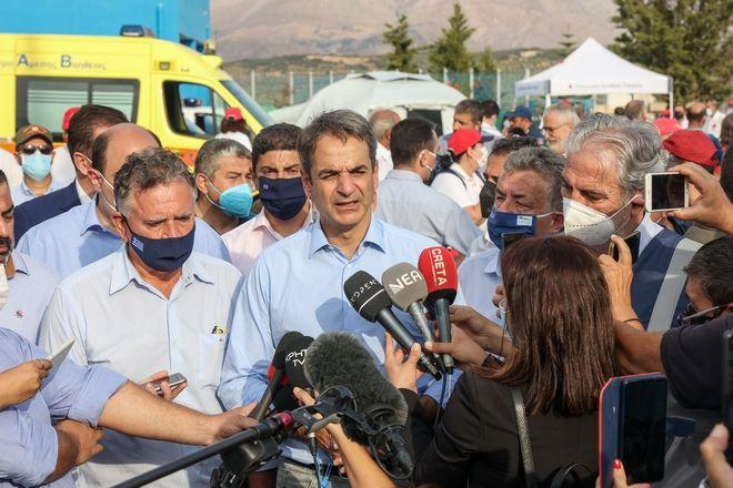 Μητσοτάκης από Κρήτη: Και νέες φρεγάτες και νέα σπίτια