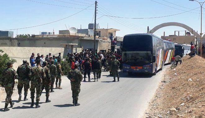 Αντάρτες αποχωρούν από το θύλακα στη Δαμασκό