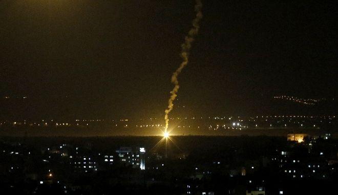 Η Γάζα εκτόξευσε ρουκετές προς το Τελ Αβίβ - Αναφορές για εκρήξεις
