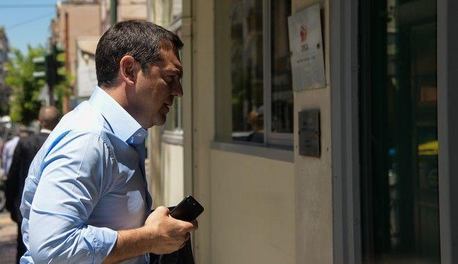 Ο πρωθυπουργός Αλέξης Τσίπρας στη συνεδρίαση της ΠΓ του ΣΥΡΙΖΑ