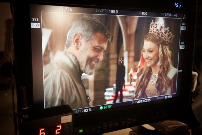 Ο ιππότης George Clooney με τη Natalie Dormer πρωταγωνιστούν στην τελευταία καμπάνια της Nespresso «Η Αναζήτηση»
