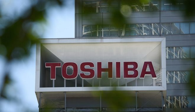 Toshiba: Βλέπουν την έξοδο 7.000 εργαζόμενοι