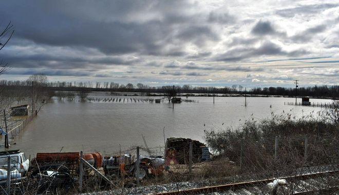 Στιγμιότυπο από πλημμυρισμένη περιοχή στον Έβρο