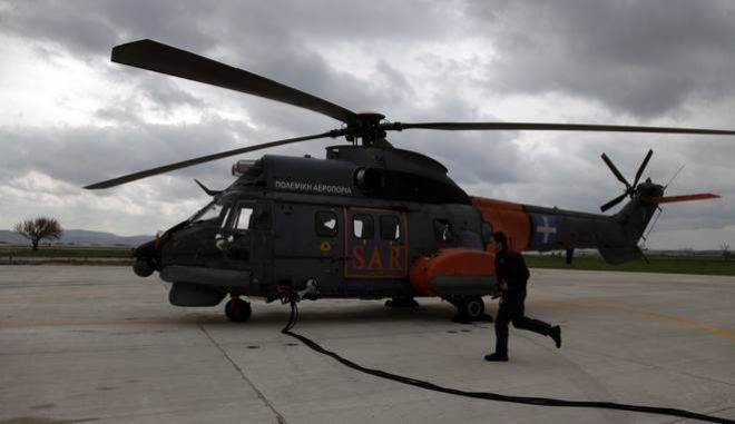 Στιγμιότυπο απο την μονάδα των SUPER PUMA στην 130 ΣΜ,στο αεροδρόμιο της Λήμνου,στις 22 Δεκεβρίου 2009 (EUROKINISSI / ΧΑΣΙΑΛΗΣ ΒΑΪΟΣ)