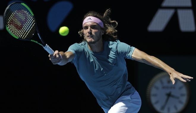 O Στέφανος Τσιτσιπάς πέτυχε τεράστια νίκη απέναντι στον Ισπανό,  Roberto Bautista Agut και προκρίθηκε στα ημιτελικά του Αυστραλιανού Open