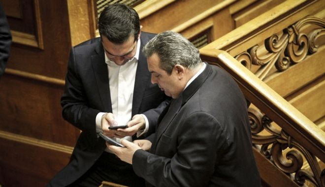 Ο πρωθυπουργός Αλέξης Τσίπρας και ο υπουργός Εθνικής Άμυνας Πάνος Καμμένος