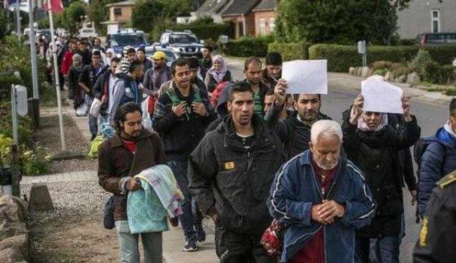 Νόμος της Δανίας: Κατάσχεση αντικειμένων που μεταφέρουν οι πρόσφυγες, για να καλυφθούν τα έξοδα της υποδοχής τους