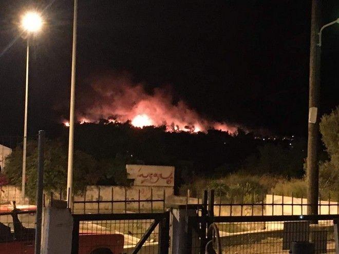Κόρινθος: Μεγάλη φωτιά στο Σχίνο Λουτρακίου -Εκκενώθηκαν δύο χωριά- Ολονύχτια μάχη