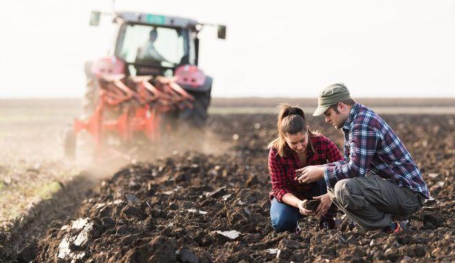 """Στον """"αέρα"""" η ηλεκτρονική πλατφόρμα του εξωδικαστικού μηχανισμού για τους αγρότες"""