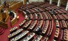 Κατά πλειοψηφία εγκρίθηκε η εναρμόνιση του Κανονισμού της Βουλής με τις αλλαγές στο Σύνταγμα και τις διατάξεις για τις αρχές καλής νομοθέτησης