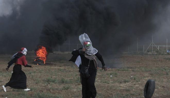 Φωτογραφία από τις συγκρούσεις στα σύνορα μεταξύ Ισραήλ και Λωρίδας της Γάζας