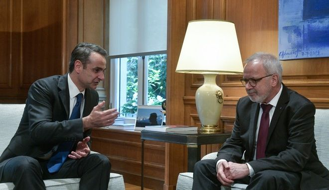 Συνάντηση του πρωθυπουργού Κυριάκου Μητσοτάκη με τον πρόεδρο της Ευρωπαϊκής Τράπεζας Επενδύσεων, Βέρνερ Χόγιερ