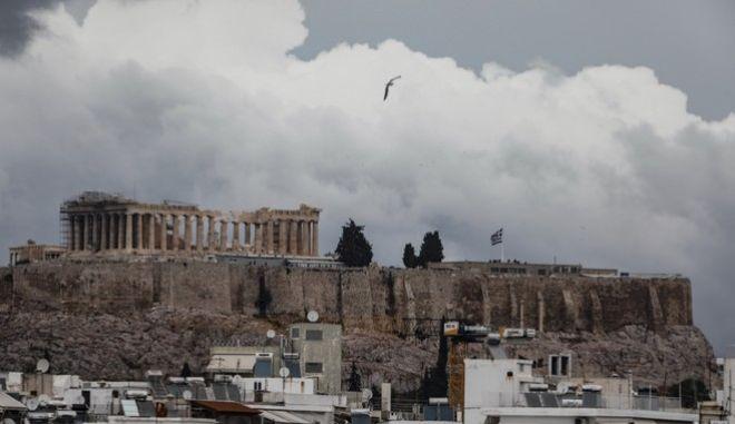Αντιδράσεις για το τσιμέντο στην Ακρόπολη -Η απάντηση του υπουργείου Πολιτισμού