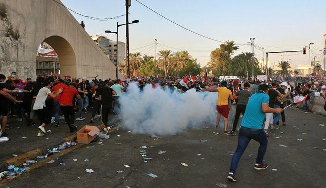 Εικόνα από τις αντικυβερνητικές διαδηλώσεις στο Ιράκ