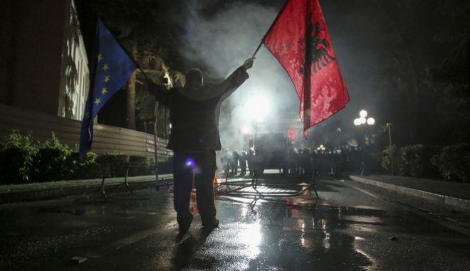 Ένταση στην Αλβανία