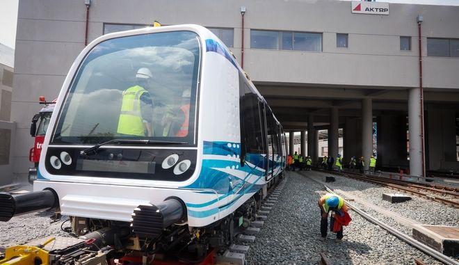 Αποκαλυπτήρια του πρώτου συρμού του Μετρό και έναρξη των δοκιμών και των δοκιμαστικών δρομολογίων στη Θεσσαλονίκη