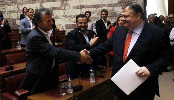 ΑΘΗΝΑ-10-5-2012-Συνεδριάζει η Κοινοβουλευτική Ομάδα του ΠΑΣΟΚ υπό την προεδρία του Ευάγγελου Βενιζέλου, στην αίθουσα Γερουσίας, στη Βουλή.(EUROKINISSI)