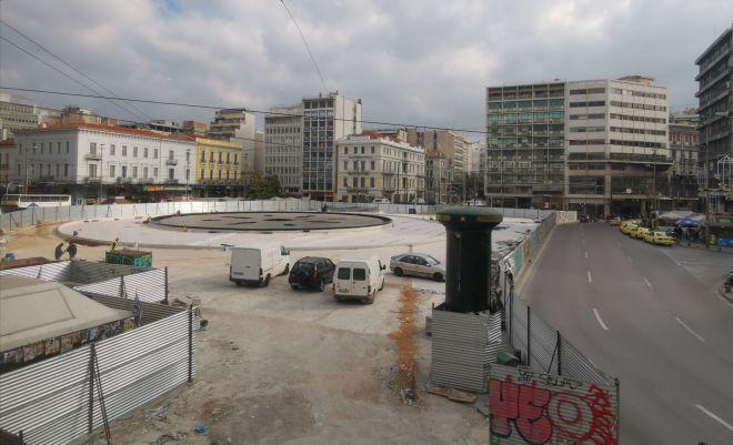 Η πλατεία όπως είναι σήμερα με τα έργα να βρίσκονται σε εξέλιξη