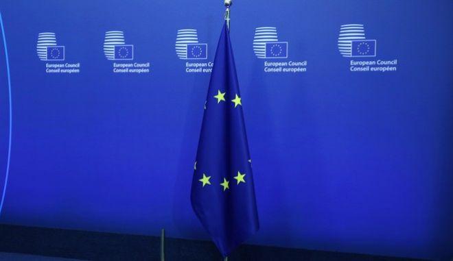 'Ανάστροφο κόφτη' προτείνουν οι Βρυξέλλες