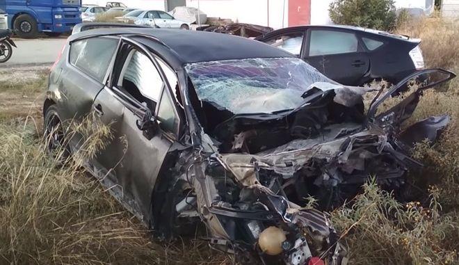 Άργος: Δύο νεκροί σε ΙΧ που χτύπησε περιπολικό και καρφώθηκε σε κολόνα