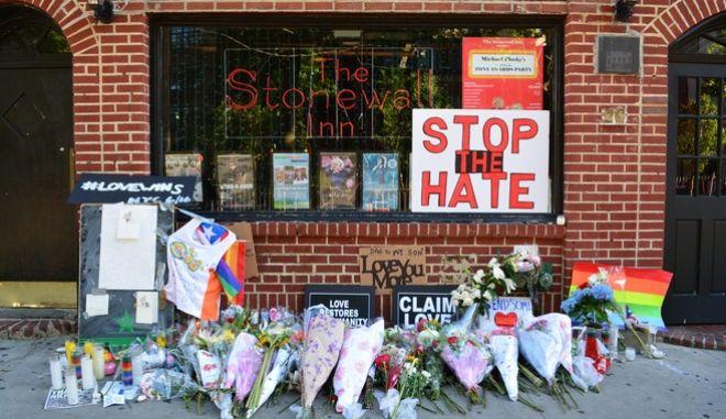 Ορλάντο: Σε μνημείο για τα θύματα θα μετατραπεί το club Pulse
