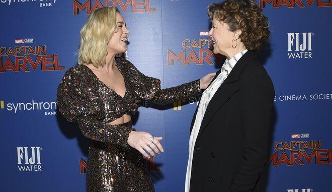 Οι ηθοποιοί Brie Larson και η Annette Bening, παρουσιάζονται μαζί σε μια ειδική προβολή του ''Captain Marvel''