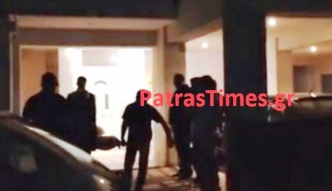 Πάτρα: Έπνιξε τη γυναίκα του στην μπανιέρα και επιχείρησε να αυτοκτονήσει