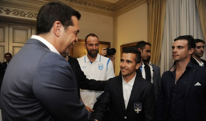 Ο Πρωθυπουργός Αλέξης Τσίπρας δέχτηκε στο Μέγαρο Μαξίμου την ελληνική αποστολή που συμμετείχε στους Ολυμπιακούς Αγώνες του Ρίο.(Eurokinissi-ΜΠΟΛΑΡΗ ΤΑΤΙΑΝΑ )
