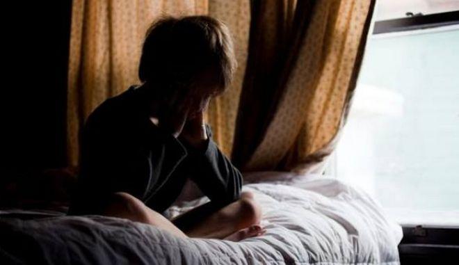 Συγκλονιστική ιστορία: 7χρονος τηλεφώνησε μόνος του στο Χαμόγελο Του Παιδιού. 'Ελάτε να μας σώσετε'
