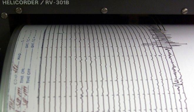 Γ. Παπαδόπουλος για τον σεισμό 5,3 Ρίχτερ: Μέσα στις επόμενες ώρες θα φανεί εάν ήταν ο κύριος σεισμός ή όχι