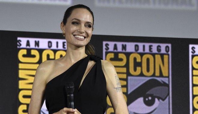H Angelina Jolie στο πάνελ των Marvel Studios στο διεθνές φεστιβάλ Comic-Con του Σαν Ντιέγκο